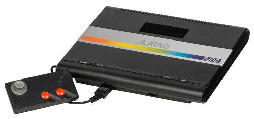 Atari-7800-wControl-Pad-L
