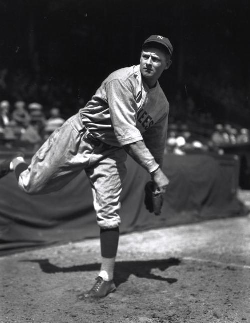 Posed pitching of New York Yankee Waite Hoyt, 5/19/1927 / Louis Van Oeyen, photographer.